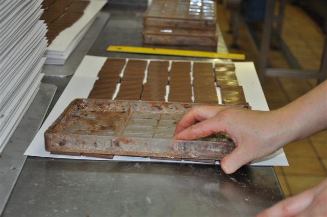 Čokoladnica Olimje, izdelava malih čokolad