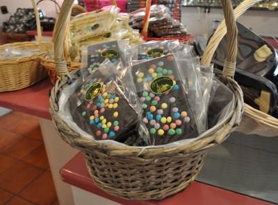 Temna čokolada z draže bonboni