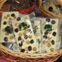 Bela čokolada z brusnicami in lešniki